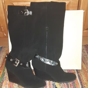 MICHEAL KORS NORMA BLACK SUEDE BUCKLE BOOT 7.5